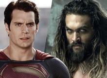 Superman bất ngờ hóa thân thành Aquaman cầm dĩa để cổ vũ cho người bạn thân Jason Momoa