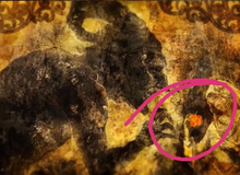 Attack on Titan: Thuyết âm mưu khủng khiếp, Eren có thể chính là Ác Quỷ Đại Địa, kẻ trao sức mạnh cho Ymir 2000 năm trước