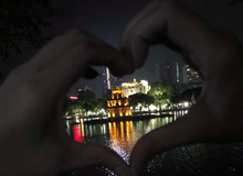 """Sợ bị """"bán thận"""", nữ game thủ vẫn liều mình bay gần 2000km ra Hà Nội để gặp người yêu trong PUBG Mobile"""