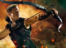 """Lại là """"vợ cũ"""", hết Johnny Depp bị mất vai cướp biển giờ đến Jeremy Renner bị yêu cầu thay thế vai diễn Hawkeye"""