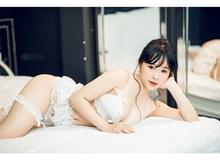 Mặt học sinh thân hình phụ huynh, cô nàng hot girl khiến mạng xã hội Việt dậy sóng