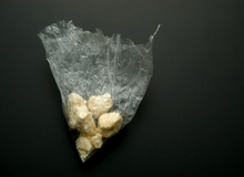 """Bị cảnh sát phát hiện ma túy trong xe, tài xế khẳng định """"gió thổi vào đấy!"""""""