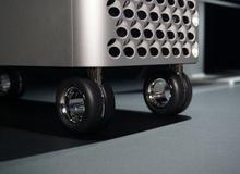 Đẳng cấp của Apple: Bánh xe đẩy Mac Pro giá hơn 9 triệu, khăn lau màn hình cũng phải qua 7749 bước để vệ sinh cho sạch