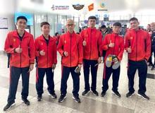 """Sau chuyến bay """"hú hồn"""", đội tuyển quốc gia Mobile Legends Việt Nam đã đặt chân an toàn tới Philippines"""