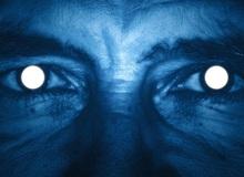 Nghiên cứu mới: Chế độ ban đêm trên điện thoại hóa ra còn khiến bạn khó ngủ hơn