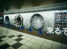 Đang yên đang lành, Goku, Naruto, Luffy rủ nhau đấm sập tường ga tàu điện ngầm Tokyo