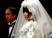 Năm 2050: Có thể hợp pháp hóa người cưới robot