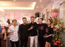 """Quang Cuốn đón sinh nhật hoành tráng mừng 1 triệu Sub Youtube bên gia đình và dàn khách mời """"siêu khủng"""""""