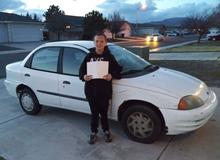 Cảm động cậu bé 13 tuổi bán máy chơi game mua ô tô tặng mẹ