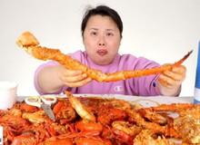 Việc nhẹ lương cao: Kiếm tiền tỷ trong 8 tháng nhờ ăn uống ngập mồm rồi đăng lên Youtube