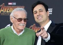 """Kẻ ác hại """"bố già"""" MARVEL bị bắt, lột trần sự thật chấn động những năm cuối đời của Stan Lee"""