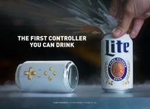 Xuất hiện tay cầm hình lon bia, vừa chơi game, vừa uống được luôn