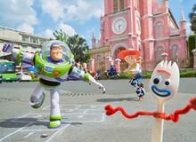 Toy Story 4: Nhân dịp Forky bỏ trốn sang Việt Nam, hội bạn Woody mê mẩn trò chơi dân gian chẳng muốn về