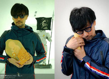 """Hideo Kojima bị giữ lại tại sân bay vì mang theo mô hình """"bào thai"""""""