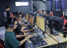 Ghé thăm Vikings Thành Thái ngày đầu mở cửa: Game thủ xếp hàng dài dằng dặc