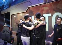 ZD Esports đi hát hò ăn mừng chiến thắng, nhưng sự xuất hiện của Bé Chanh mới là tâm điểm chú ý