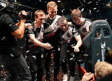 LMHT - G2 Esports và hành trình của những kẻ thua cuộc tìm kiếm vinh quang: 'Cứ điên đi vì cuộc đời cho phép!'