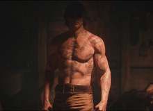 "Assassin's Creed IV Trailer: Edward khoe ""body"" xăm trổ"