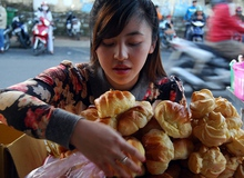 Hot girl bánh tráng trộn đã khiến làng game online Việt chao đảo