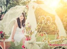 Hot girl Linh Miu đẹp thánh thiện trong lễ trao giải Thần Tài Dự Đoán