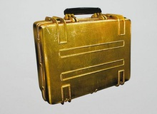 Bức tranh Battlefield 4 bằng vàng trị giá 2.500 USD