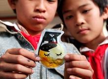 """""""Lựu đạn"""" Trung Quốc bán đầy ở Sài Gòn"""