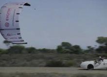 Ô tô chạy bắng sức gió