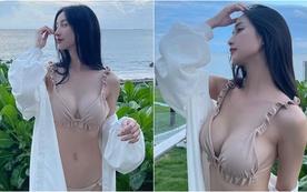 Liên tục thả dáng gợi cảm với bikini nóng bỏng, Jun Vũ khiến fan không khỏi trầm trồ,