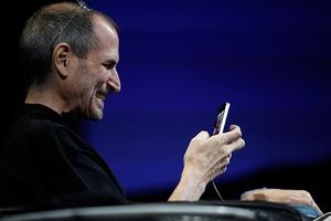 iPhone 12 sắp sửa ra mắt, nhưng với nhiều người thì đây mới là chiếc điện thoại đỉnh cao nhất