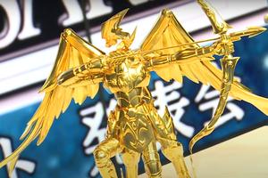 Lóa mắt trước tượng vàng Saint Seiya: Giá trị ước tính 13 tỷ đồng