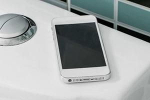 CEO công ty chuyên về khử trùng: iPhone bẩn như bệ ngồi toilet, toàn thân máy phủ đầy…chất thải