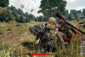 """Đồng đội người Trung Quốc bị knock, game thủ bắt phải nói """"to, dõng dạc"""" câu nói này thì mới đồng ý cứu"""