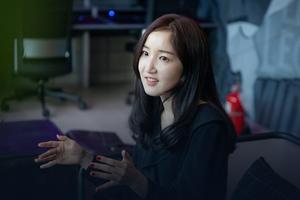 Jin Ye-won, người phụ nữ quyền lực nhất giới LMHT Hàn Quốc: Nhỏ nhắn, xinh xắn nhưng gánh trên vai trọng trách khổng lồ