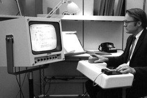 'Cha đẻ của chuột máy tính' vừa qua đời ở tuổi 91