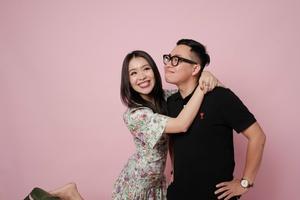 Cặp đôi nên duyên từ Tinder An Phương (Letsplaymakeup) và Quang Nam gợi ý những điều giúp bạn có những mối quan hệ chân thật và ý nghĩa