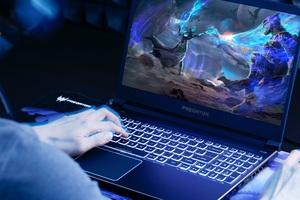 Predator Helios 300 – Laptop gaming tầm trung đáng sở hữu nhất hiện nay