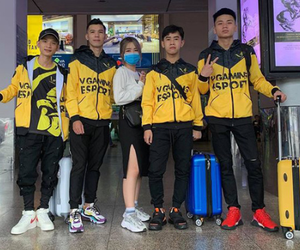"""PUBG Mobile: Loạt team tham dự giải đấu """"siêu to khổng lồ"""" PMPL 2020 đã lên đường chuẩn bị công chiến"""