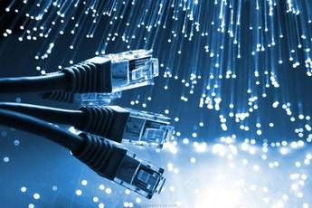 Tìm ra cách truyền dữ liệu nhanh gấp 1 triệu lần tốc độ mạng Internet ở Việt Nam