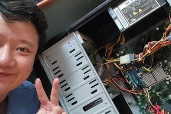 """Cùng Vũ Hay Ho phục chế """"PC bãi rác"""" giá 200 nghìn"""