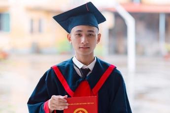Nam sinh nghiện game, từng bỏ học 3 năm trở thành Thủ khoa khối A toàn quốc kỳ thi Tốt nghiệp THPT Quốc gia 2020