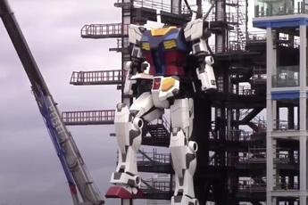 Mời bạn chiêm ngưỡng con Gundam cao 20 mét thực hiện bước đi đầu tiên