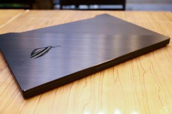 Laptop Asus ROG Zephyrus M15 - Laptop gaming mạnh mẽ nhưng vẫn mỏng nhẹ 'như người mẫu'