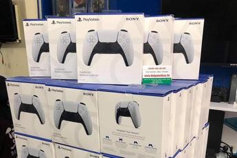 Phá giá PS5, nhiều cửa hàng lớn đua nhau giảm sốc