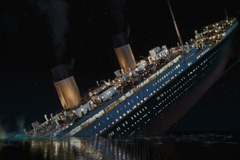 """Tàu Titanic có thể đã được cứu, sự thật được phơi bày trong cảnh quay bị cắt của """"Titanic"""" 1997"""