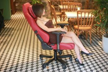 """Đẳng cấp ghế gaming DXRacer Master Series: Cảm giác của """"ông trùm""""!"""