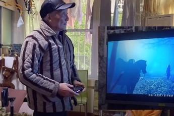 Cận cảnh cụ ông 86 tuổi chơi game, phá đảo GoT, Cyberpunk 2077 và 300 bom tấn khác
