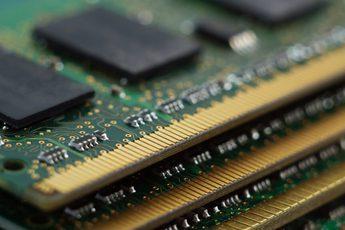 """RAM tiếp tục chịu áp lực tăng giá, game thủ chắc chỉ còn nước """"khóc ròng"""""""