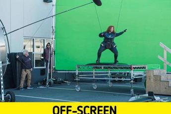 """17 bức ảnh hậu trường phim Hollywood """"vén màn bí mật"""" đằng sau các cảnh quay lừa hàng triệu khán giả"""