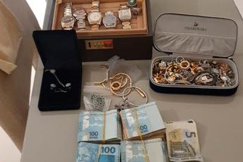 """Lừa đảo 300 triệu USD, """"ông vua Bitcoin"""" vừa bị bắt"""
