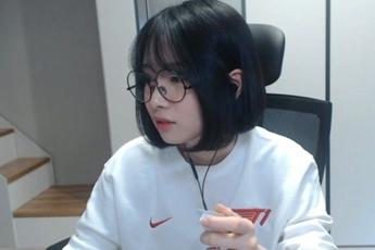 Sau lùm xùm công khai cổ vũ team đối thủ, nữ streamer JisooGirl chính thức bị T1 chấm dứt hợp đồng